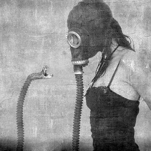 gas mask serpent